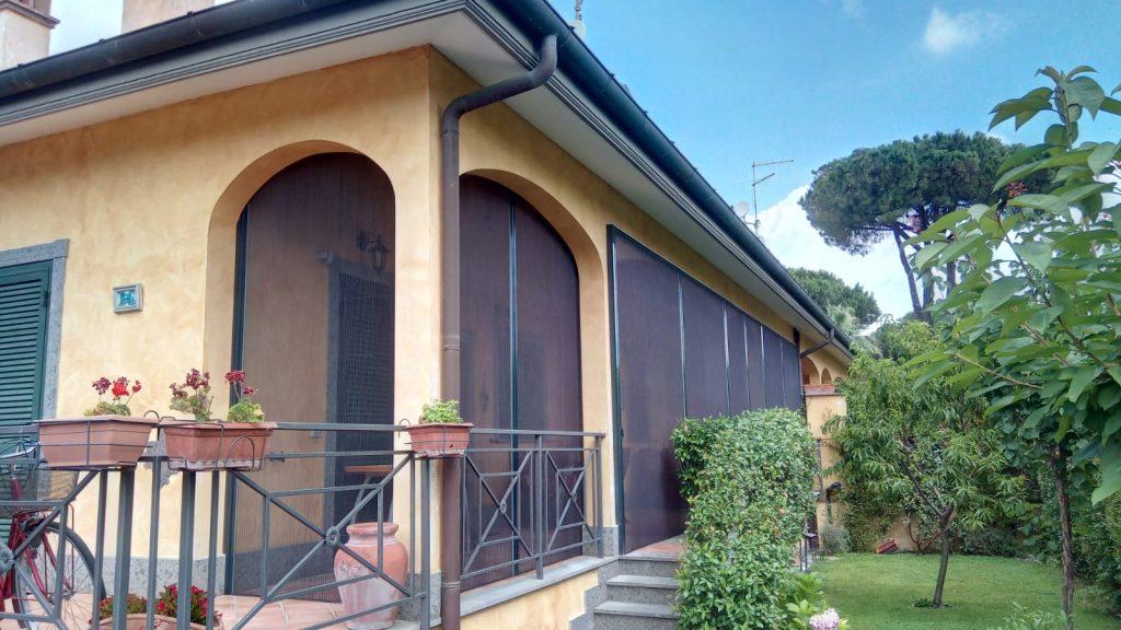 zanzariere su balconi a Roma